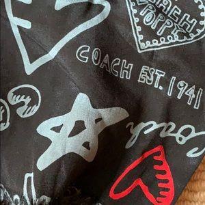 ❤️ 🖤 COACH 💯 % silk scarf